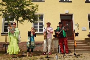 Für die musikalische Unterhaltung sorgten unter anderem die Brassberries aus Hannover.