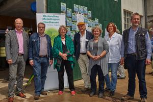 Auch der Mitveranstalter Ökolandbau Modellregionen Nordhessen präsentierte sich auf dem Hoffest.
